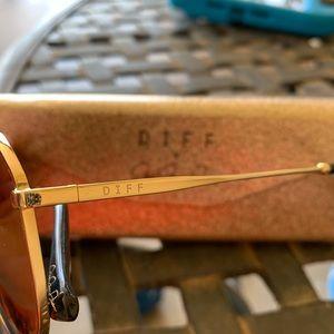 Diff Eyewear Accessories - Jessie James Decker Diff Eyewear